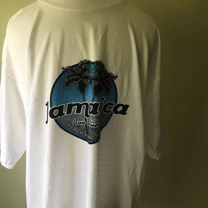 NWOT Jamaica soft 100% cotton tee shirt